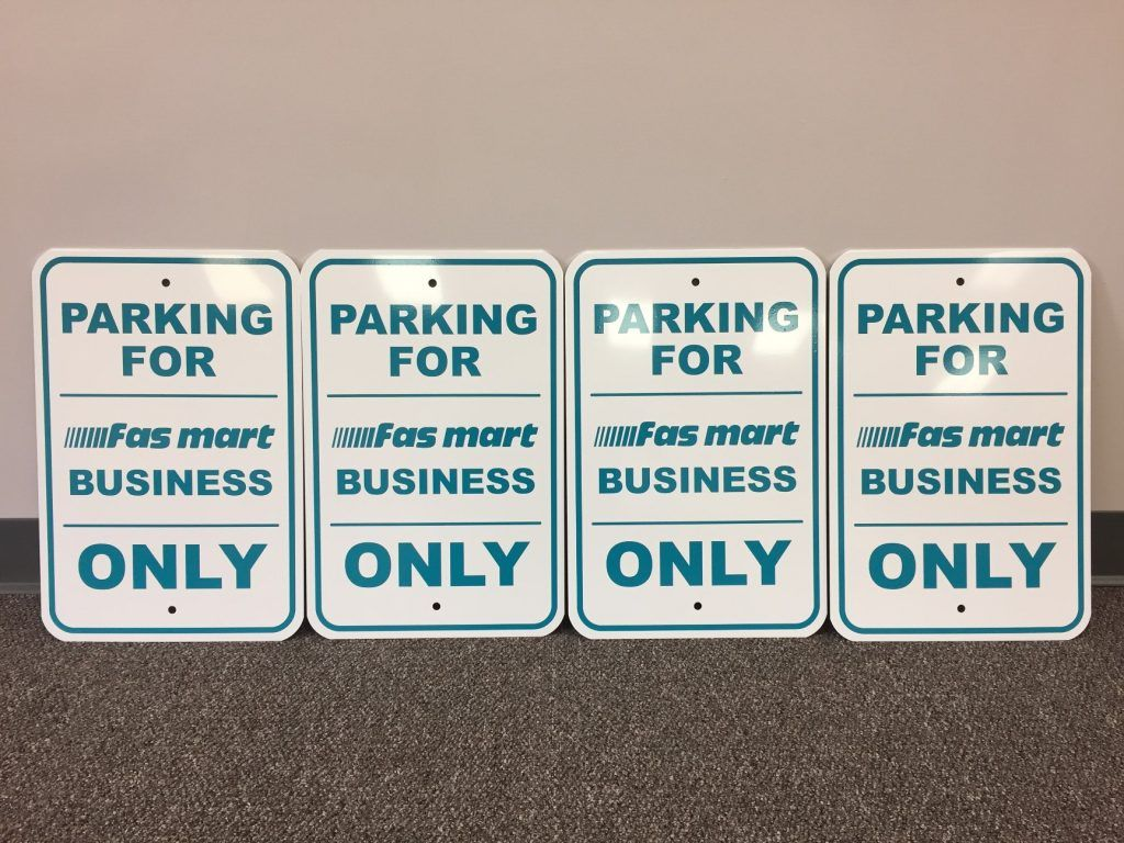 designated parking lot signs in South Windsor CT